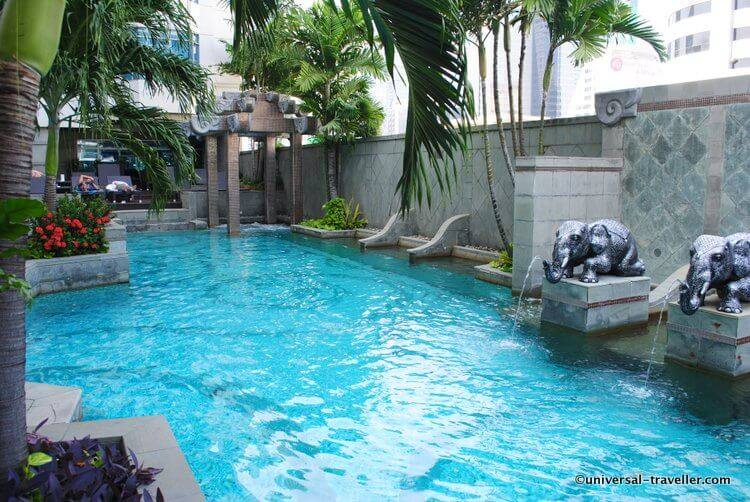 The beautiful pool at Majestic Grande Bangkok. This is my favorite place in the hotel!