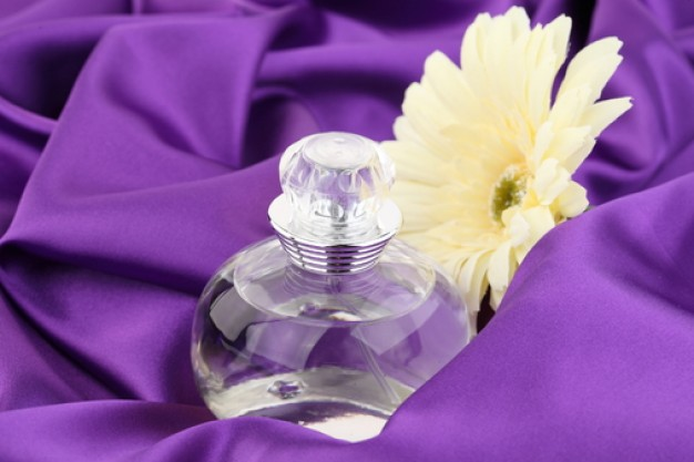 Qu perfume esparce usted  Universal