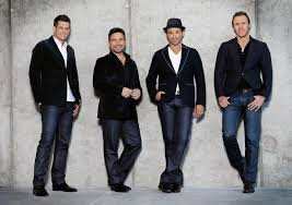 """<a href=""""http://www.tenorsmusic.com/bio/"""" target=""""blank"""">The Canadian Tenors</a>"""