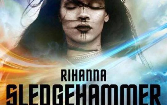 rihanna star trek