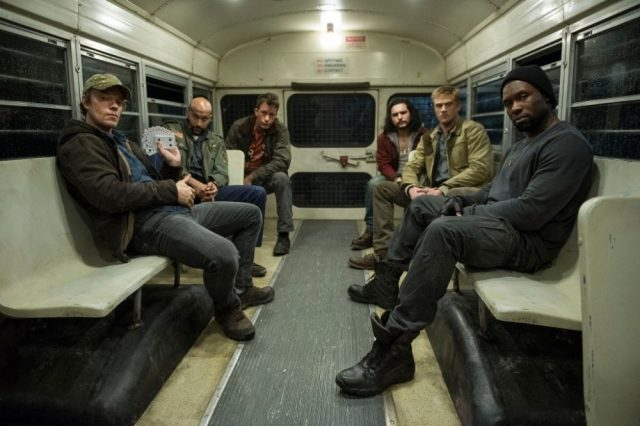 the predator foto cast