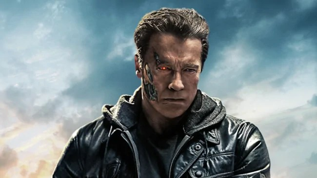 Ferite di scena per Mackenzie Davis sul set di Terminator 6