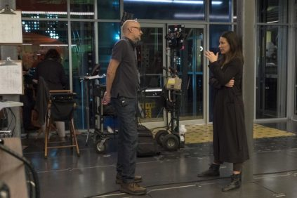 Marvel Studios ANT-MAN AND THE WASP L to R: Director Peyton Reed and The Wasp/Hope van Dyne (Evangeline Lilly) BTS on set. Photo: Ben Rothstein ©Marvel Studios 2018