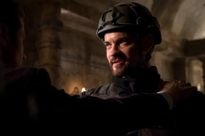 Gotham 5 - Ecco le prime foto con Shane West nei panni di Bane