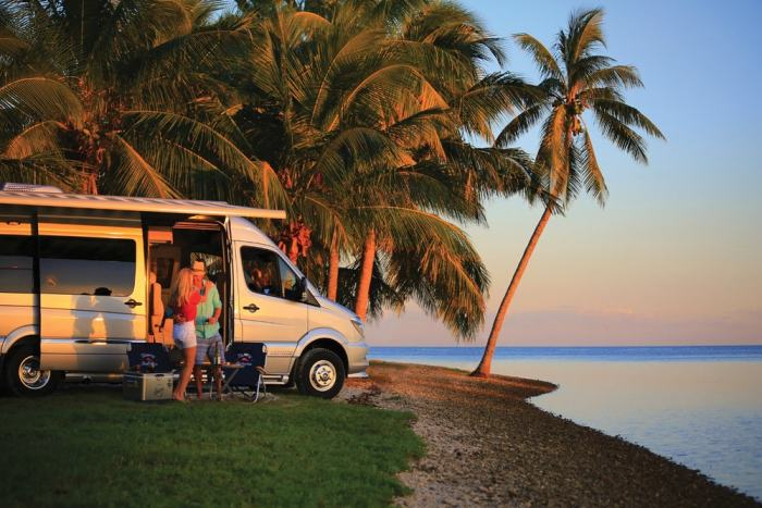 tommy bahama new tourist van