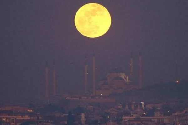 china plans to launch artificial moon