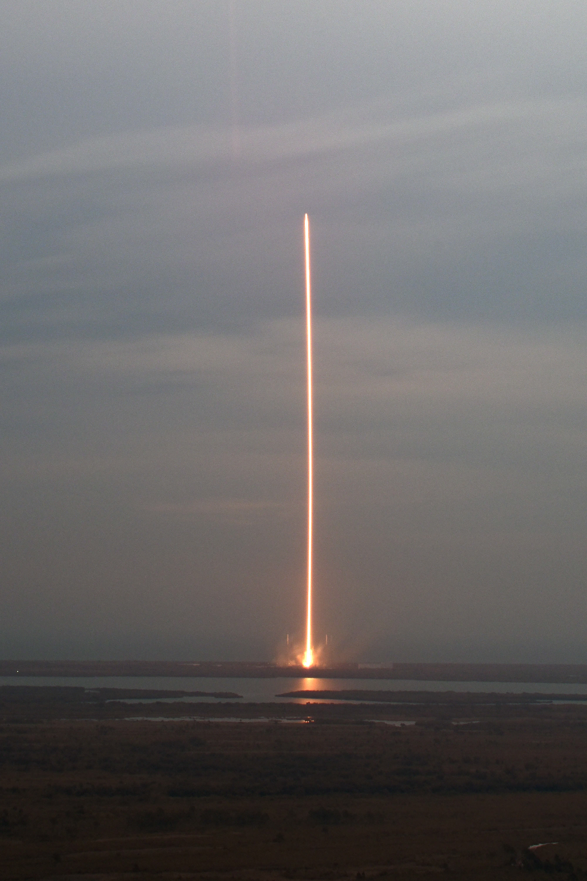 Spectacular 5th SpaceX Launch in 2015 Sets Record Pace ...