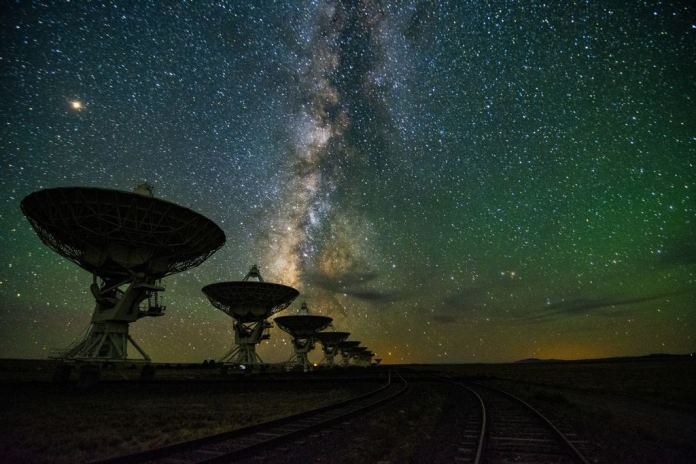 The Milky Way over the Very Large Array. How many rogue planets are there in the Milky Way? Billions? Trillions?