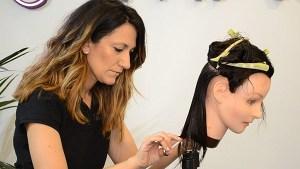 Corte-en-linea-recta-universidad-de-la-imagen-cursos-peluqueria-online