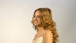 formacion-online-peluqueria-universidad-de-la-imagen-peinado-romantico