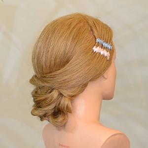 trenza-broche-cinta-curso-online-peluqueria-universidad-de-la-imagen