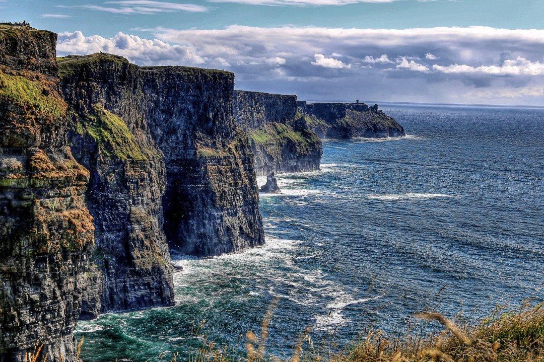 motivos-para-estudar-na-irlanda-cliffs