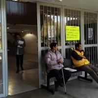 """Presentan denuncias penales; van por la rescisión laboral por """"tomas"""" del SUEUM"""