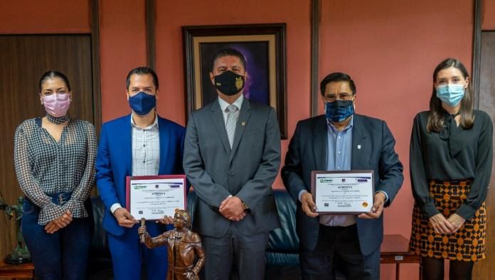 Directores de la FIE y FITECMA notificaron al Rector de la UMSNH, las acreditaciones realizadas por CACEI a sus programas de licenciatura en la FIE y FITECMA