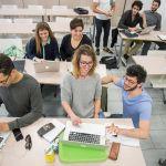 Décideurs, salariés, responsables RH  :  Pourquoi apprendre à coder ?