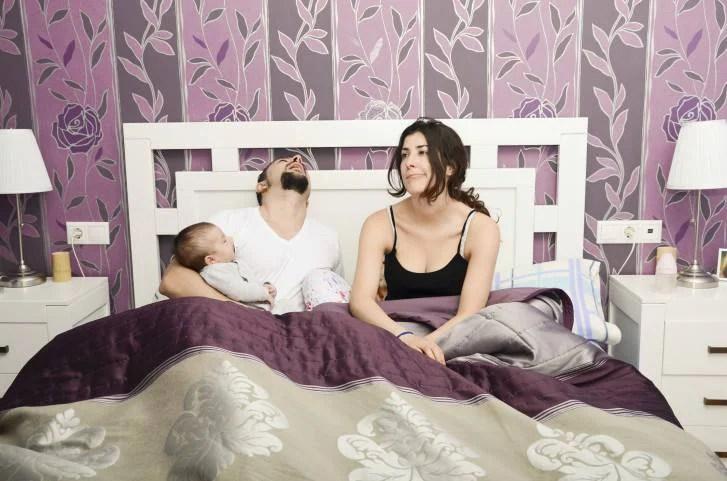 Poppata notturna: 2 pediatri spiegano il modo per poterla evitare