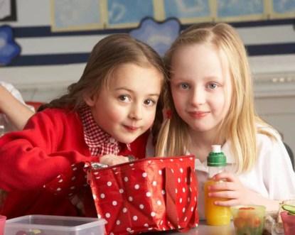 Figli e alimentazione:quanto impiegano i bambini a smaltire la merenda?