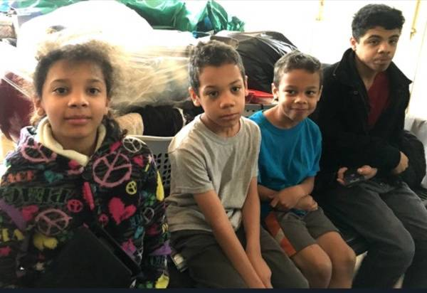 fratelli rimasti orfani