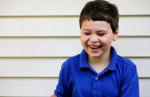 bambino cona autismo