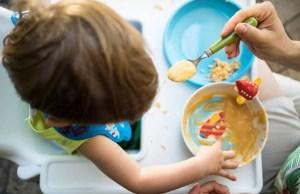 mamma avvelena i figli con una minestra