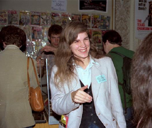 """Sus adversarios se referían a ella con el nada cariñoso apelativo de """"Marvel Mistress of Propaganda"""", pero el conjunto de la comunidad profesional siempre valoró el liderazgo de Carol Kalish para afrontar los retos que consolidaron el sistema de """"ventas directas"""". La directora fundadora de Marvel Age fallecería prematuramente en 1991 después de sufrir un derrame cerebral. Tan sólo tenía 36 años."""