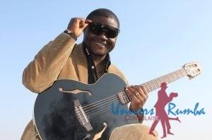 Ramazani à la guitare