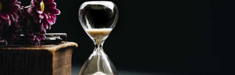 header image illustrative purpose hourglass