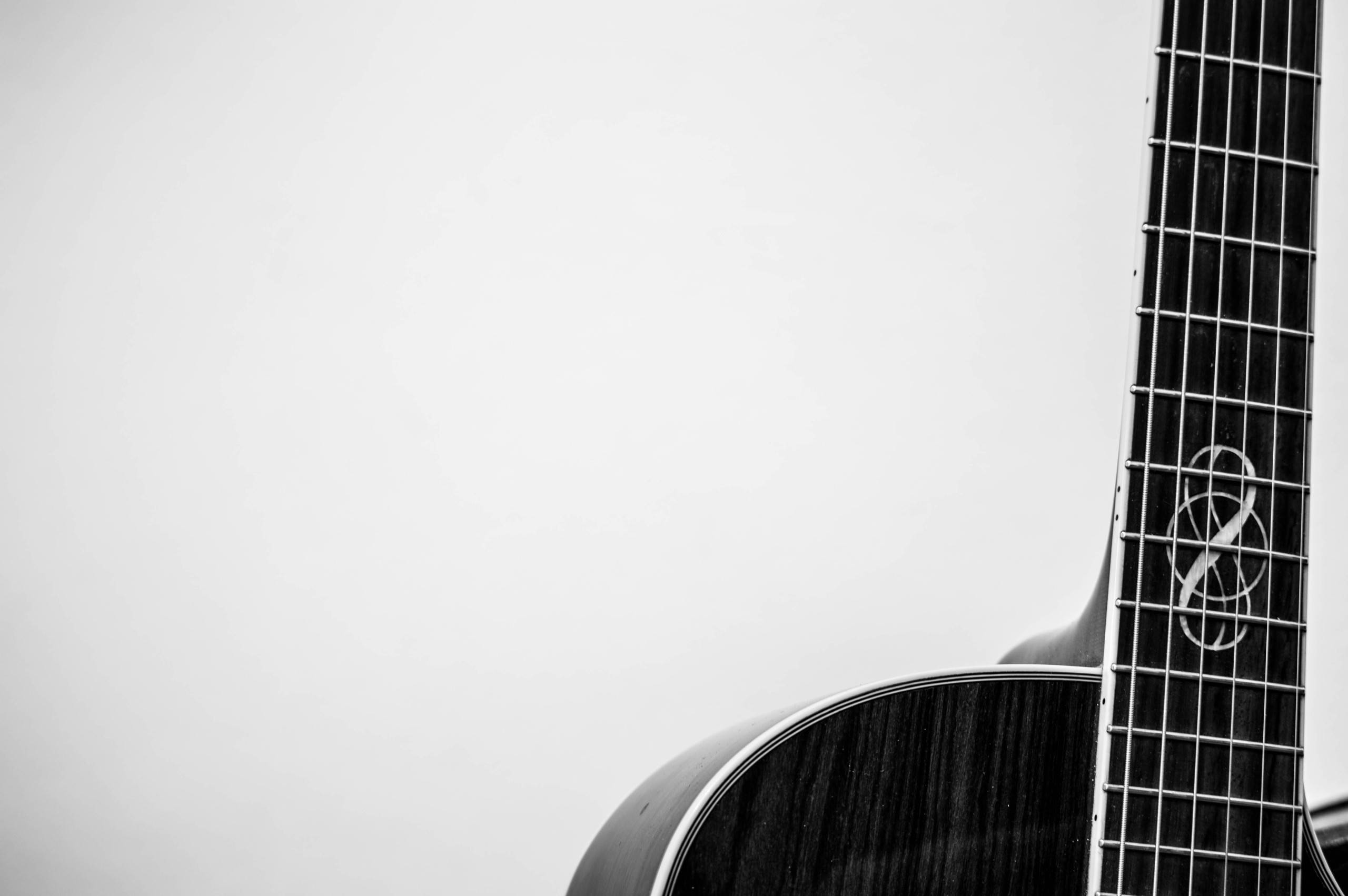 Guitar Hd Wallpaper Download Download 11 Community Wallpapers Chosen For Ubuntu 14 04
