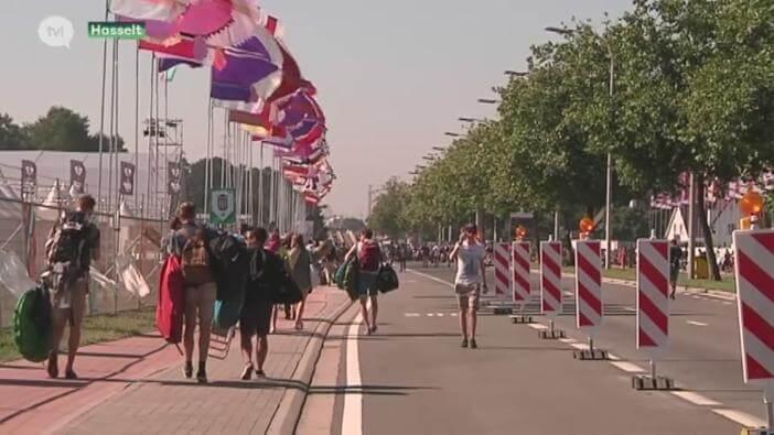 Tijdens Pukkelpop word de Kempische Steenweg afgesloten