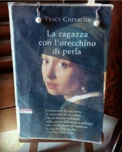 LA RAGAZZA CON L'ORECCHIO DI PERLA Tracy Chevalier Recensioni Libri e News