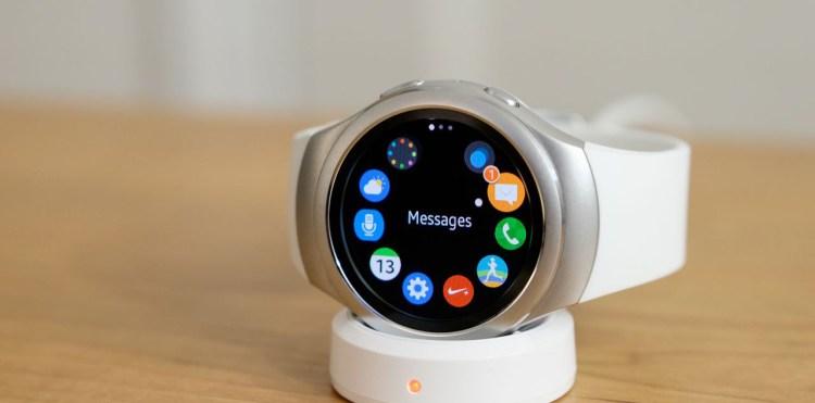 الساعة الذكية Samsung Gear S3