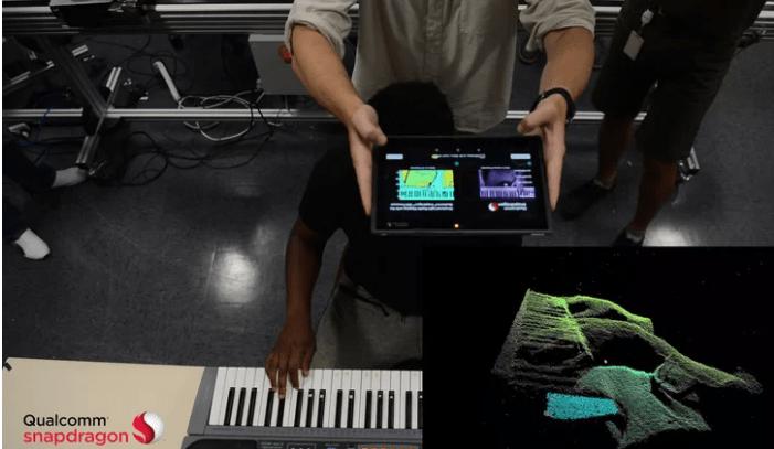 Qualcomm demos its active-depth sensor module.