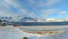 Playa en la isla de Moskenesøya
