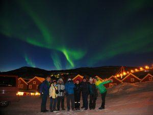 El grupo completo en las cabañas de Tjeldsundbrua