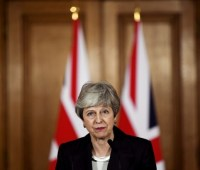 Times: Мэй останется на посту премьера Великобритании как минимум до осени