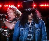 Группа Guns N 'Roses подала в суд на пивоварню за незаконное использование названия