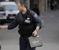 Подозреваемый по делу о взрыве в Лионе купил компоненты бомбы через интернет на свое имя