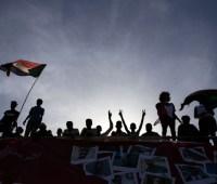 Два человека погибли во время протеста в Судане