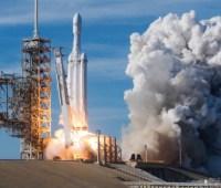 SpaceX запустила 60 спутников Starlink в космос