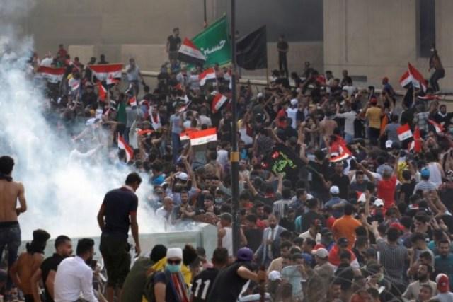 Из-за протестов в Ираке еще четыре человека погибли, 130 ранены