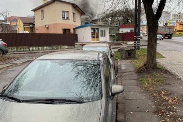 Во Львове горел жилой дом