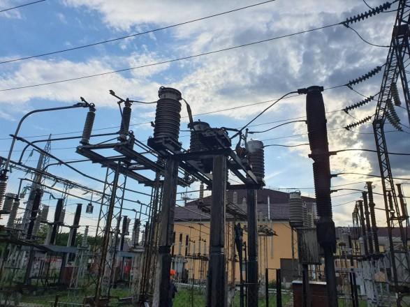 Многие работы в сетях невозможно проводить без выключения электроэнергии,. V Odesse Posle Vzryva Na Elektropodstancii Chast Goroda Ostalas Bez Vody I Sveta Novosti Na Unn 12 Iyunya 2021 19 14