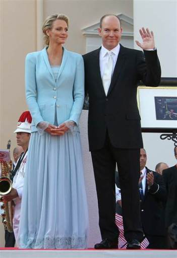 Royal Weddings | Unofficial Royalty | Page 3