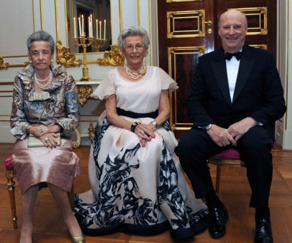 Princess Astrid (center), Princess Ragnhild and King Harald Photo: Sven Gj. Gjeruldsen / The Royal Court