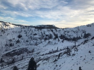 The lower mountain still needs some more snow (Photo: Oznorts)
