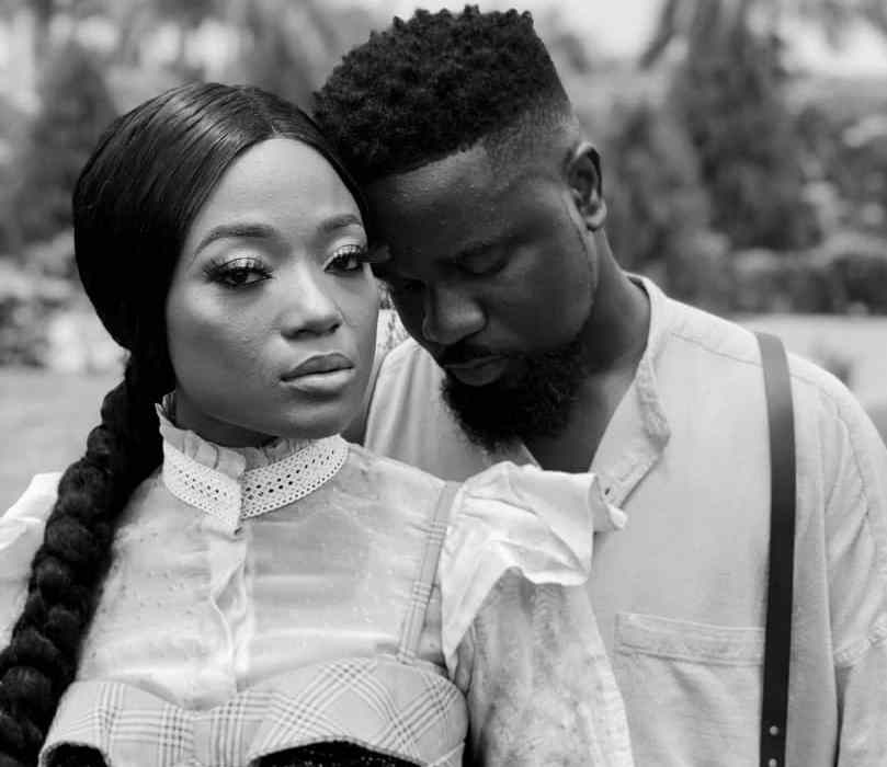 "Sarkodie and Efya Deliver Yet Another Classic Love-themed Duet ""Saara"""