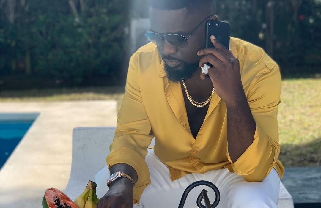 """Sarkodie's Dreamy Visuals to """"Anadwo"""" are Stunningly Pleasant"""