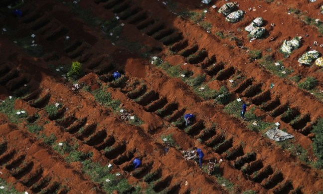 Por COVID-19: así preparan el cementerio más grande de Brasil para ...