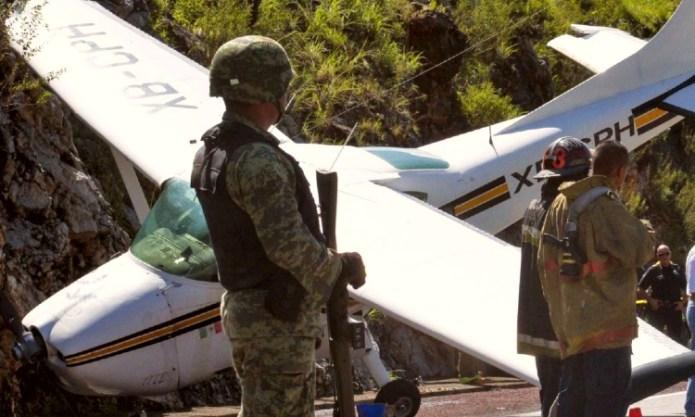 Quintana Roo: aseguran narcoavioneta con cocaína en Chetumal