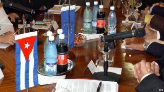 Una negociación de la Unión Europea con el gobierno cubano.